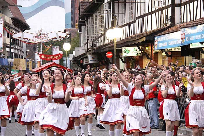 Бразильский пивной фестиваль. Санта-Катарина, Бразилия