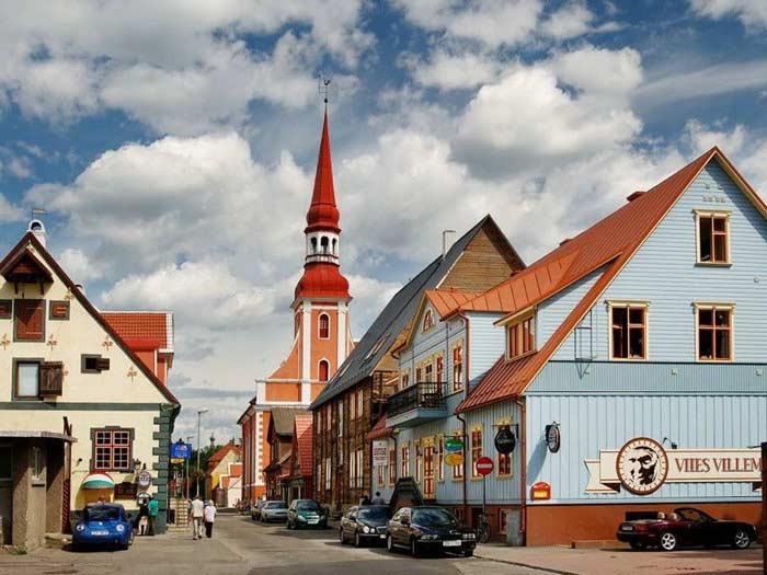 Пярну, город и река (Эстония)