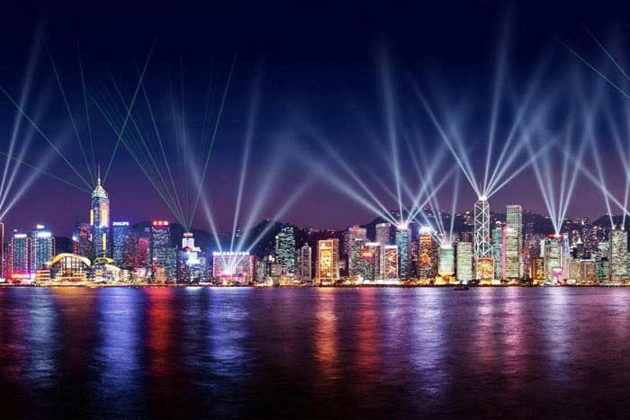 Крупнейшее лазерное шоу по масштабу<