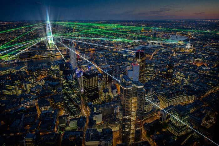Крупнейшее лазерное шоу по высоте