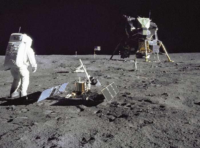 Луна «ворует» земной кислород