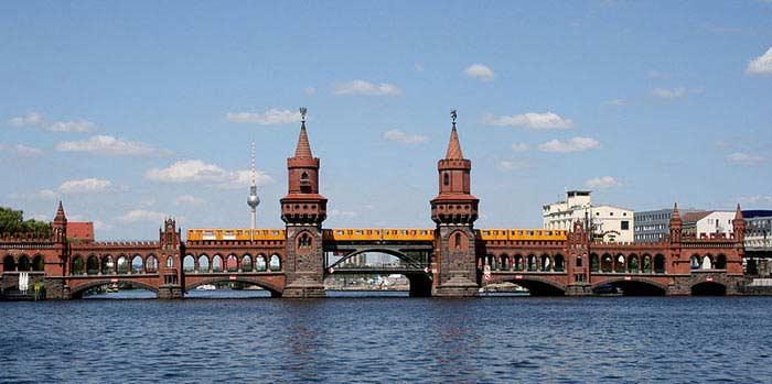 Мост в Берлине