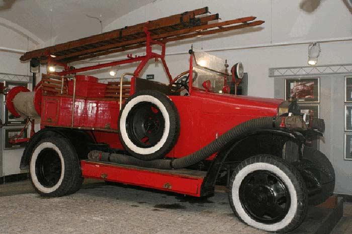 Пожарный автомобиль АМО Ф-15