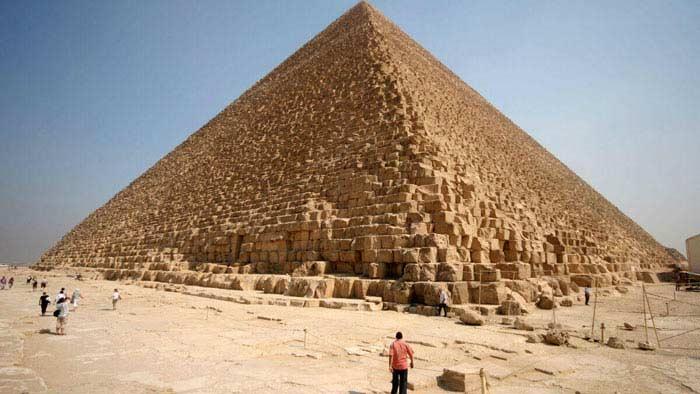 комната была обнаружена в пирамиде Хеопса