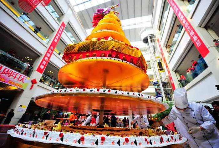 Торт из Индонезии 20 тонн
