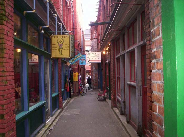 Tan Alley