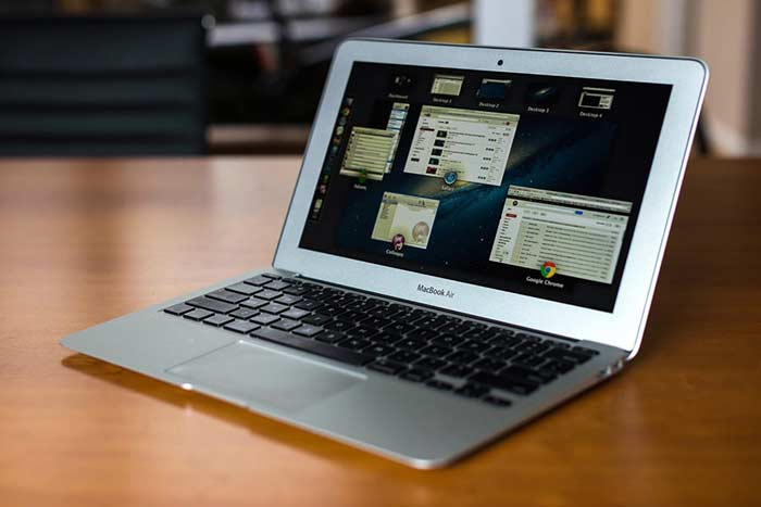 Apple Macbook Air 11 – 11""