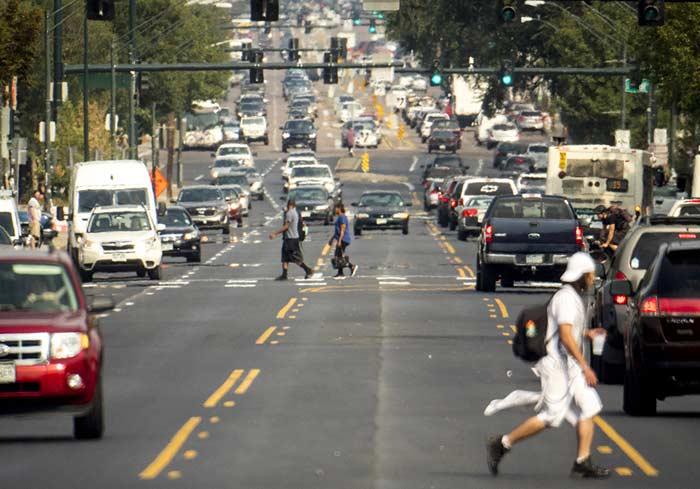 Колфакс авеню