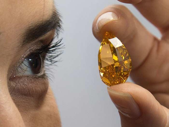 Оранжевые бриллианты