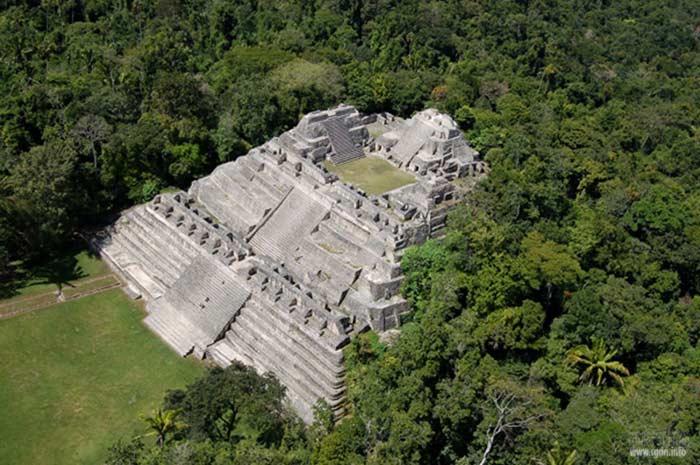 Пирамида Ла-Данта