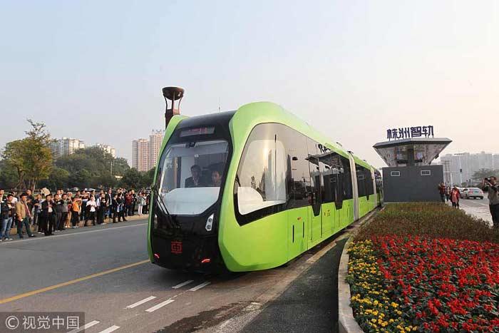 Китайский трамвай без рельс