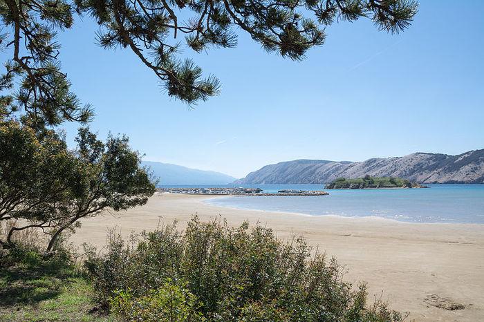 Райский пляж на острове Раб